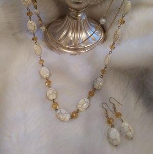 Necklace w/earrings set